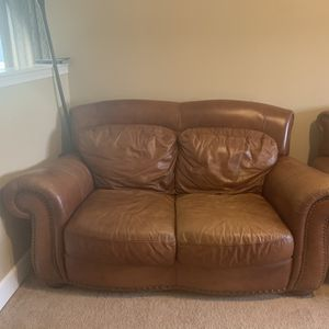 Real Leather Loveseat&Sofa for Sale in Tacoma, WA