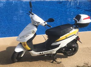 Scooter Moped 50cc for Sale in Virginia Beach, VA
