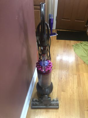 Dyson pet vacuum with all accessories for Sale in Lawrence Township, NJ