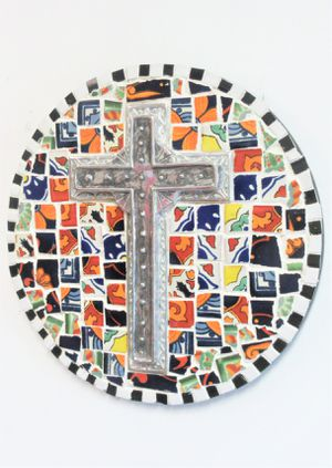 """14"""" ORIGINAL SIGNED MOSAIC CROSS WALL HANGING. TILE, MORTAR, MWTAL AND WOOD. READY TO HANG! for Sale in Cincinnati, OH"""