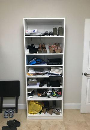 White bookcase shelving unit for Sale in Miramar, FL