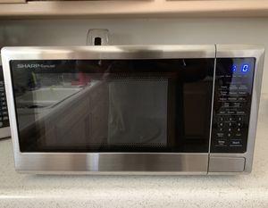Sharp Carousel 1200 watt microwave for Sale in Covina, CA