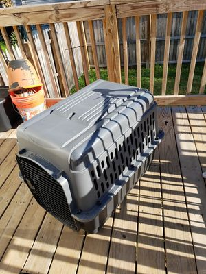 Dog crate for Sale in Bristol, PA