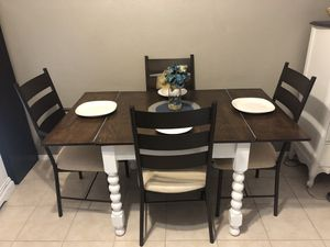 Beautiful Farmhouse Dining Table and Four Chairs for Sale in Scottsdale, AZ