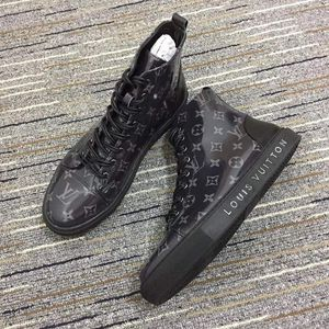 Louis Vuitton Size 5-12 for Sale in Inglewood, CA