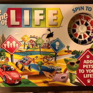 Hasbro The Game Of Life Family Board Game Spin To Win / Ages 8+ / 2-4 Players for Sale in Irvine, CA