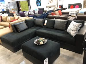 Black on Black Sectional w/ Wide Seats 💥 for Sale in Miami, FL