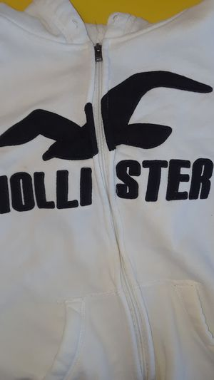Hollister hoodie worn 5 times size(s) for Sale in Renton, WA