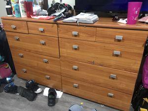 Free dresser for Sale in Cerritos, CA