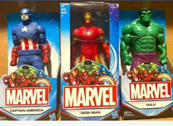 Captain America Iron Man and Hilk Four inch Figures 2014 for Sale in Modesto,  CA