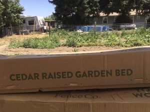Cedar raised garden bed for Sale in Kingsburg, CA
