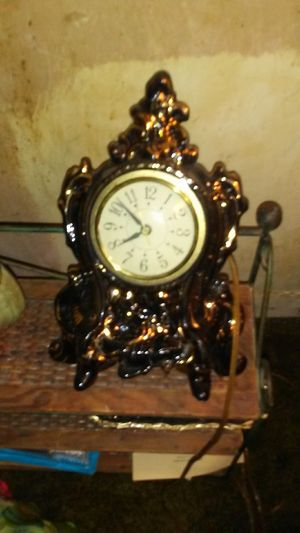 1973 wells antique clock for Sale in Greeneville, TN
