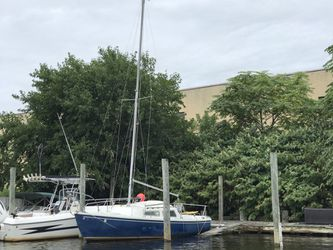 Catalina 22 Sailboat NO sails, NO Keel, NO Trailer for Sale in Point Lookout,  NY