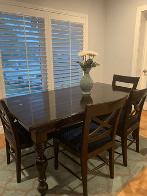 Solid wood hand made dining table with 6 chairs for Sale in IND CRK VLG, FL