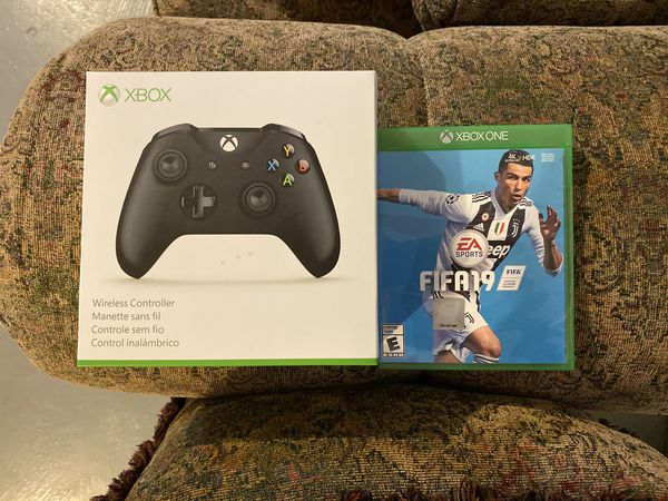 Xbox one wireless controller and fifa 19
