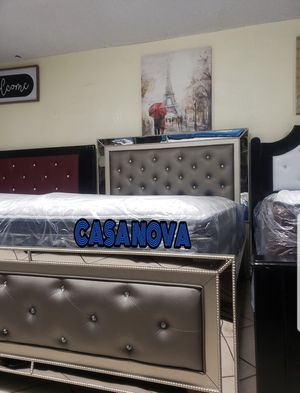 BRAND NEW BED FRAME QUEEN COMES IN BOX WITH EURO PILLOW TOP MATTRESS INCLUDED $449📢📢📢📢📢AVAILABLE FOR SAME DAY DELIVERY OR PICK UP for Sale in Compton, CA