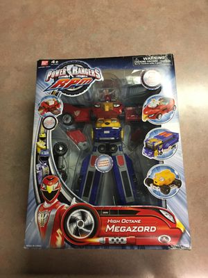 This is a vintage Power Ranger R P M. High Octane Megazord Bandai, US Vrtsion 31076, made in 2009. for Sale in Lampasas, TX