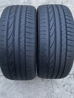 2 tires 245/40/19 Briedgestone for Sale in Bakersfield,  CA