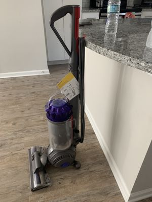 Dyson Vacuum Cleaner for Sale in Clearwater, FL