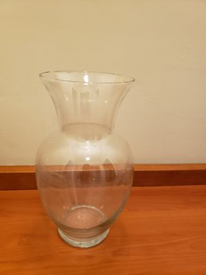 Brand new tall glass flower vase for Sale in Beverly Hills, CA