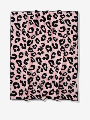 Pink Sherpa blanket for Sale in Artesia, CA