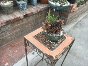 Small Rustic centerpiece Bowl with succulent for Sale in Fontana, CA
