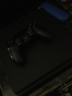 PS4 Slim for Sale in Benbrook, TX