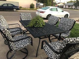 Patio furniture 7p for Sale in Phoenix, AZ