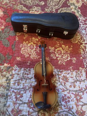 New American Girl Doll Violin with Case for Sale in Grand Rapids, MI
