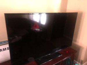 60 inch Samsung smart tv for Sale in Columbus, OH