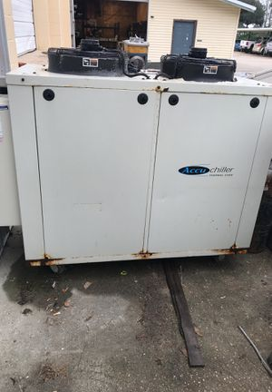 10 Tom portable water chiller for Sale in Baton Rouge, LA