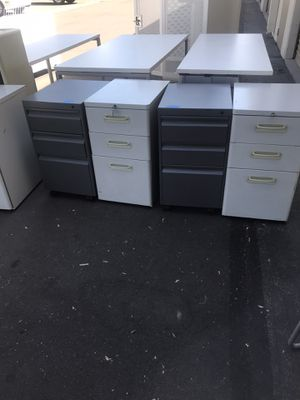 Mobil pedestals for Sale in Chino, CA