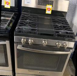 GE JGBS66REKSS GAS STOVE V for Sale in Long Beach,  CA