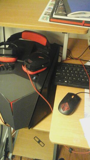 computer desktop with headset and keyboard, mouse for Sale in Greensboro, NC