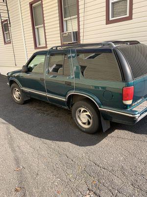 96 Chevy Blazer for Sale in Elizabeth, NJ