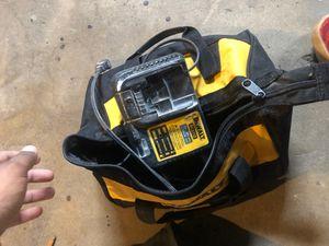 Dewalt bundle bag drill/battery/charger for Sale in Chelsea, MA