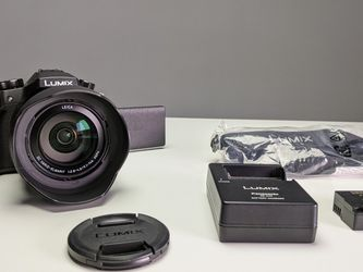 LUMIX Panasonic FZ 1000. Used. Great condition for Sale in Miami,  FL