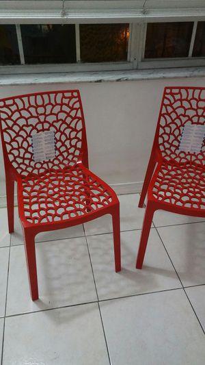 2 SILLAS MODERNAS NUEVAS CON UN COLOR ROJO MUY LINDO for Sale in Hialeah, FL