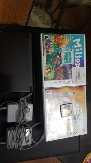 Nintendo 3ds XL with case, two games, and two chargers for Sale in Tampa, FL