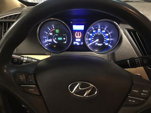 Hyundai sonata for Sale in St. Louis, MO