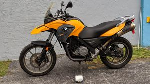 BMW G650GS 2013 MOTORCYCLE for Sale in Miami, FL