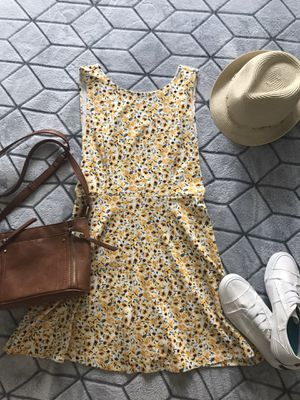 Forever 21 Floral Low Back Dress With Tags for Sale in Austin, TX