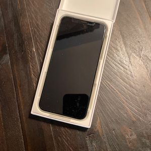iPhone X Silver 64GB for Sale in Laguna Niguel, CA