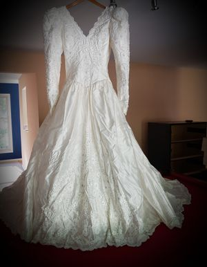 Silk wedding dress for Sale in Naperville, IL