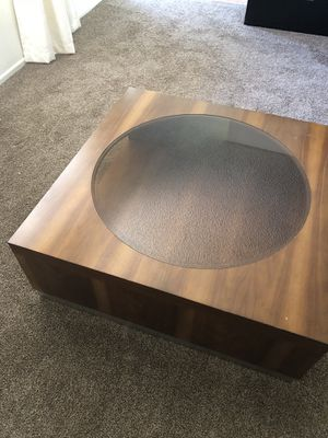 Smoked glass coffee table for Sale in Phoenix, AZ