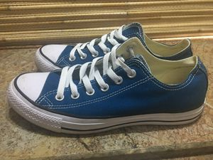 Women's Converse (size 8) for Sale in Houston, TX