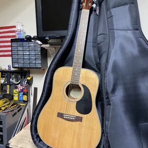 Starcaster Fender acoustic guitar for Sale in San Ramon, CA