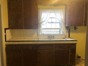 Free vintage kitchen : countertop, sink and cabinets for Sale in Richmond, VA
