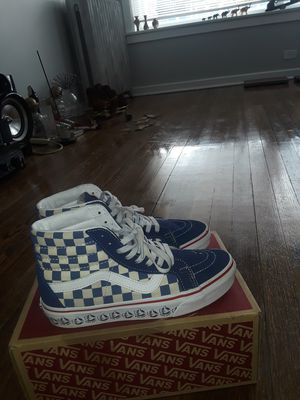 Vans)size 6 for Sale in Chicago, IL