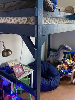 Twin Bunk Bed for Sale in Tigard,  OR